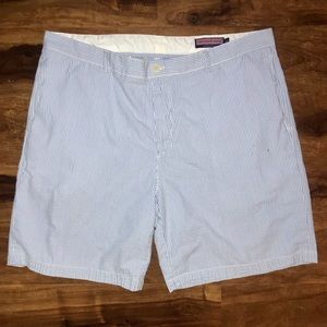 Vineyard Vines seersucker men's casual golf shorts